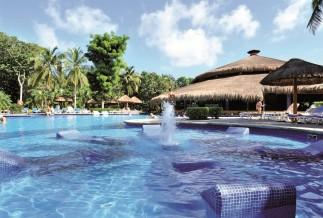 Riu Tequila pool fountain