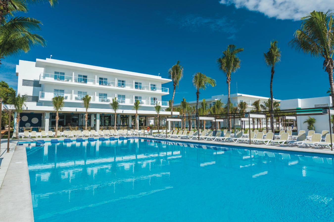 Riu Playacar pool