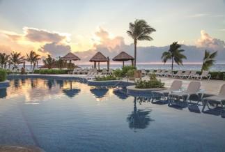 Hard Rock Rivera Maya pool view